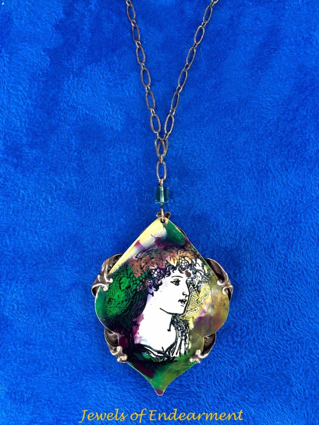 Emerald Lady Necklace